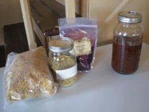 Dry herb oil of alkanet, elder and calendula.